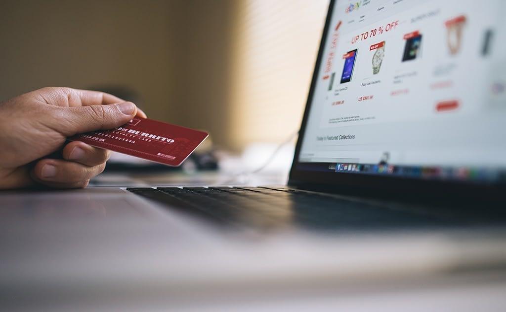 Cómo comprar en una Tienda online que no vende en tu país